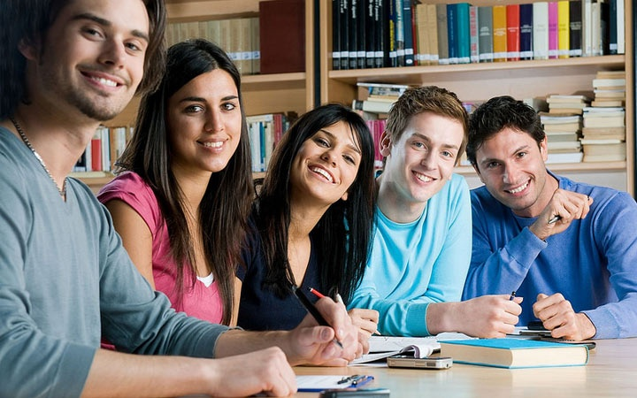 When are students ' holidays 2021-2022 / winter