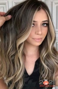 Hair highlighting in 2021: fashionable color, photos