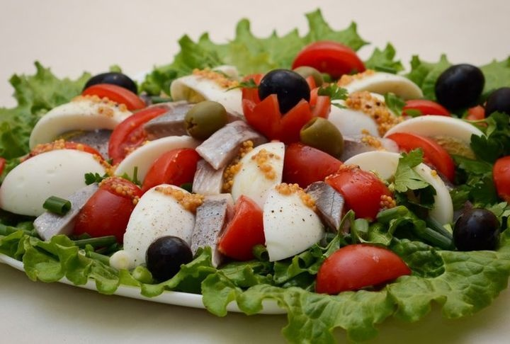 Simple salads for the New year 2021 | recipes, quick and easy